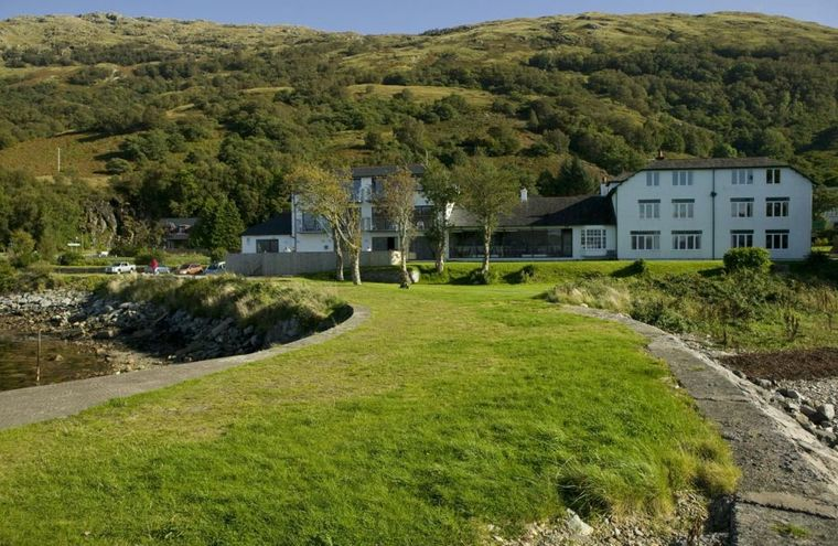 Holly tree hotel swimming pool and restaurant for Hotels in fort william with swimming pool
