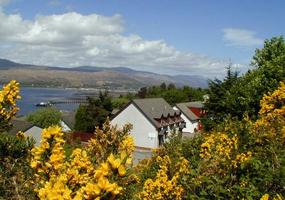 Ben Nevis mountain country -Calluna self catering apartment(s) in Fort William are perfect for walkers, climbers and outdoor people.Welcome to Ca...