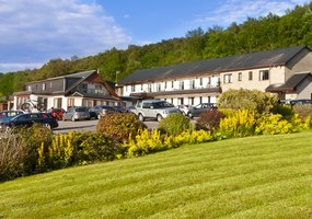 The Clan Macduff is a friendly, family run Fort William hotel sitting right on the banks of the picturesque Loch Linnhe. We are just 5 minutes driv...