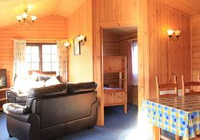 Kinchellie Crort provides extremely good value of money self catering holiday accommodation at the same time as offering an excellent standard of l...