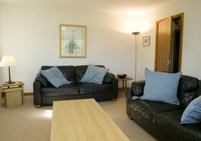 This attractive holiday cottage is located one mile from Banavie and about 5 miles from Fort William town centre (10 minutes by car), The Moorings ...