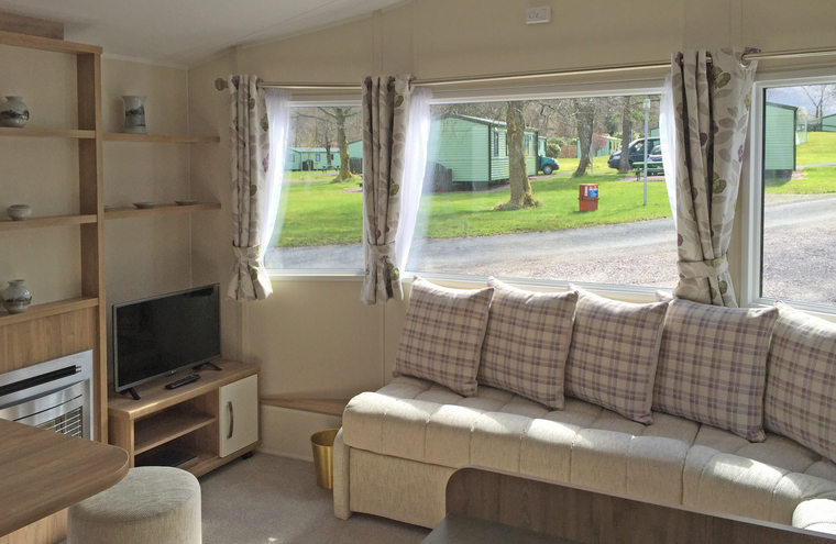 Feature sup 2 bed caravan 004 web