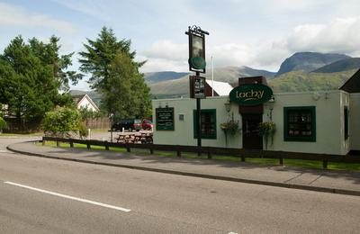Great bar meals at The Lochy