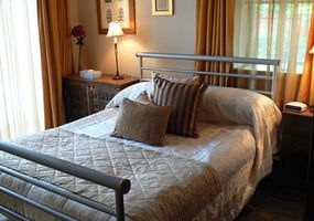 Listing bedroom023