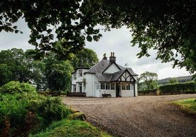 Camisky Lodge is a beautiful Victorian lodge near Torlundy, Fort William, set amidst the stunning Inverness-shire countryside on the banks of the R...
