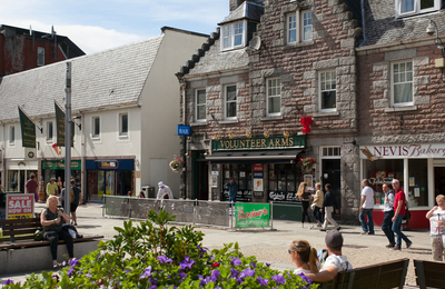 fort william town centre cafe culture