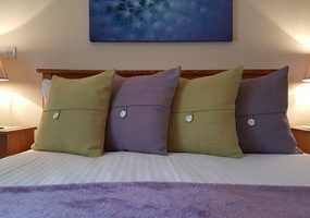 Roe Deer Cottage is situated on our croft in North Ballachulish and enjoys magnificent views over wild mountain and moorland. Our cottage is comfor...
