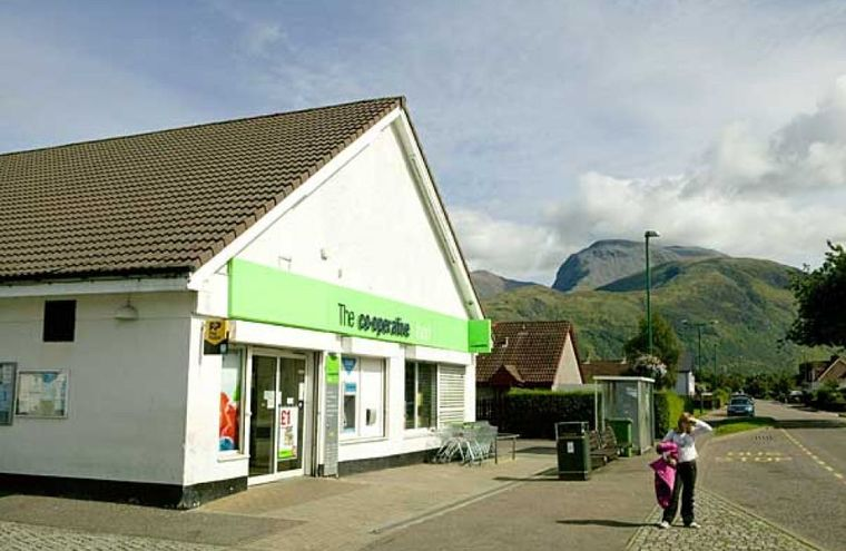 Groovy Co Op Supermarket Fort William Home Interior And Landscaping Ymoonbapapsignezvosmurscom