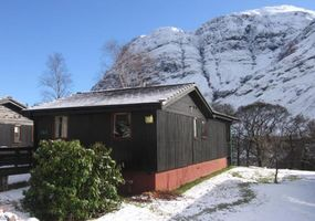 Situated in and around Glencoe, the most famous and scenic glen in the Scottish Highlands, all our self catering cottages, chalets and lodges provi...
