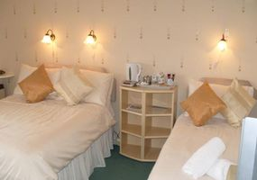 Taransay Bed and Breakfast is a quality, friendly B&B, rated 4 star by Visit Scotland. Our rooms consist of 2 singles (1 private bathroom 1 en-...
