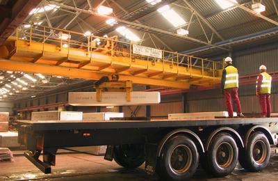 Loading the ingots for transportation
