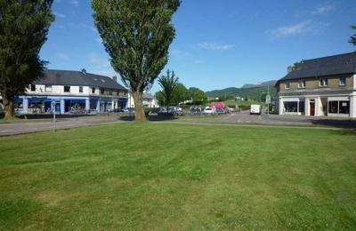 Shops in Inverlochy