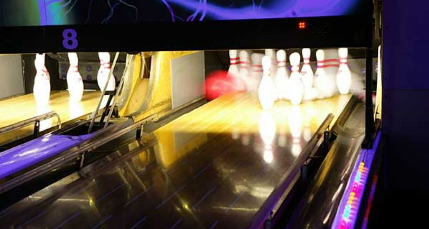 Bowling at Fort William
