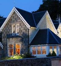With fine views over Loch Linnhe and the hills of Ardgour, Buccleuch B & B (pronounced 'Buckloo') provides a great place to stay while visiting...