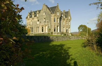 Glen Garry Castle Hotel