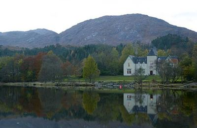 Hotel by the loch.jpg