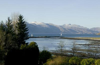 Port Appin Light near Castle Stalker