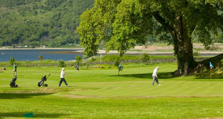 Golfing near Glencoe