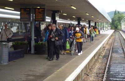 Fort William rail passengers