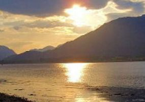 Mill Cottage is situated on the shores of Loch Linnhe adjacent to a large waterfall.Offering excellent self catering accommodation for up to 12 gue...
