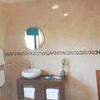 Thumbnail bathroom 0130