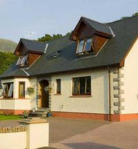 Tigh na Drochaid (Bridge House) is a family run bed and breakfast in Fort William. Our detached villa is located at the entrance to Glen Nevis and...