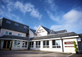 Fort William's Nevis Bank Hotel opened its door for the 2010 season at the end of May after a total refurbishment with very contemporary styling an...