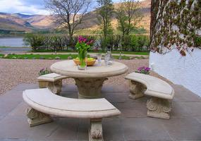 Luxury suites in Fort William. Choice of self-catering or award winning 5 Star Gold B&B with sublime suites in a stunning Victorian Townhouse, ...
